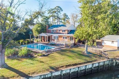 Virginia Beach Single Family Home For Sale: 693 Thalia Point Rd
