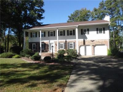 Poquoson Single Family Home For Sale: 4 Nicks Lndg
