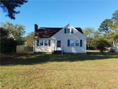 Isle of Wight County Single Family Home For Sale: 1208 S Church St