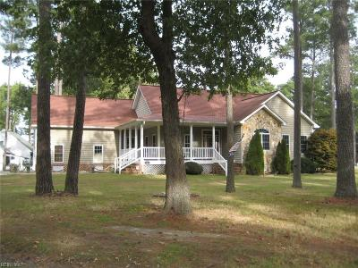 Poquoson Single Family Home For Sale: 2 Timber Ln