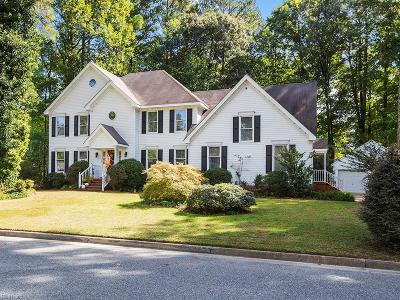 Chesapeake Single Family Home For Sale: 1609 Wild Duck Xing