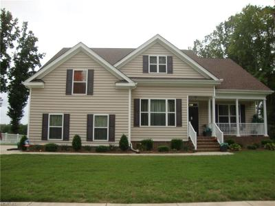 Suffolk Single Family Home For Sale: 2095 Mill Lake Rd