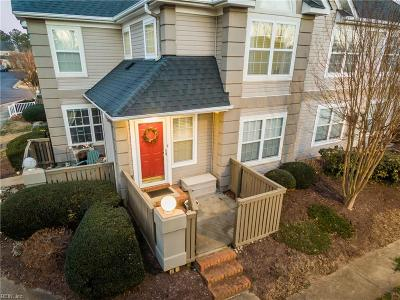 James City County Single Family Home For Sale: 1610 Queens Way