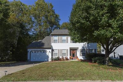 Hampton Single Family Home For Sale: 127 Baker Farm Dr
