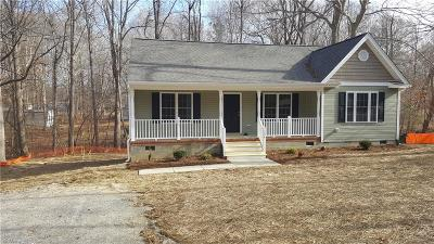 James City County Single Family Home For Sale: 134 Marstons Ln