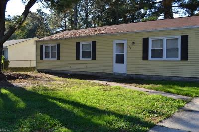 York County Single Family Home For Sale: 124 Walnut Dr