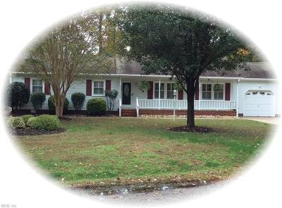 York County Single Family Home For Sale: 102 Travis Cir