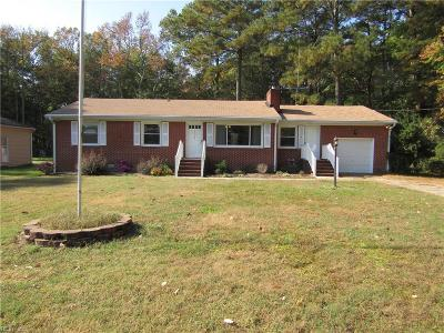 York County Single Family Home For Sale: 117 Wornom Dr