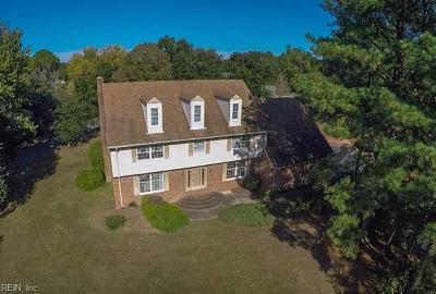 Virginia Beach Single Family Home For Sale: 1708 Hunt Meet Cir