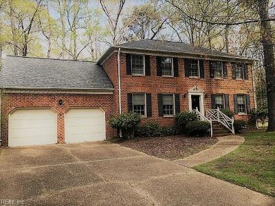 Hampton Single Family Home New Listing: 7 Honeysuckle Hl