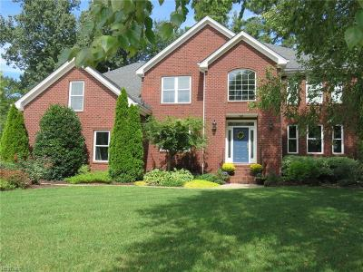 Chesapeake Single Family Home For Sale: 904 Calico Ct