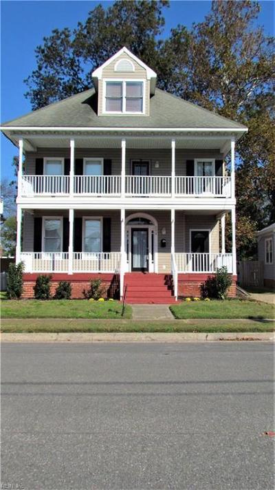 Hampton Single Family Home For Sale: 113 Segar St