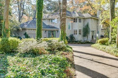 Virginia Beach Single Family Home For Sale: 4905 Athens Blvd