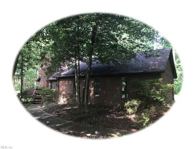 James City County Single Family Home Under Contract: 11 Tempsford Ln