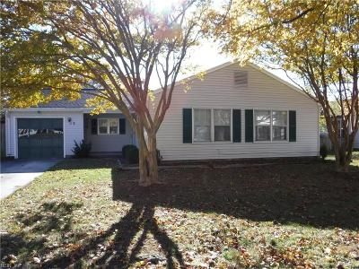 Hampton Single Family Home New Listing: 13 Westmont Dr