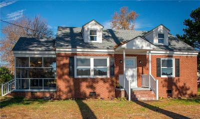 Suffolk Single Family Home New Listing: 2204 Holland Rd