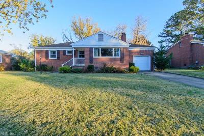 Hampton Single Family Home New Listing: 28 Brookfield Dr