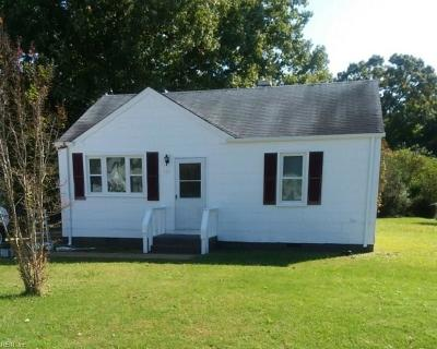 York County Single Family Home New Listing: 105 Douglas Dr