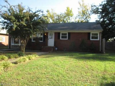 Hampton Single Family Home New Listing: 4111 Candlewood Dr
