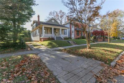 Norfolk Single Family Home For Sale: 265 E 39th St