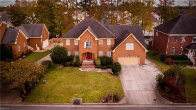 Chesapeake Single Family Home For Sale: 1225 Kingsbury Dr