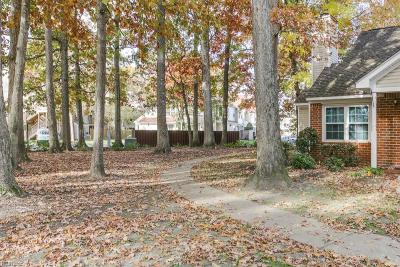 Newport News Single Family Home New Listing: 846 Masters Trl