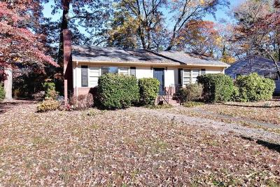 Newport News Single Family Home New Listing: 62 Tucker Ln