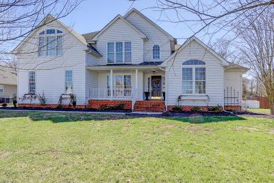 Suffolk Single Family Home For Sale: 118 Whimbrel Dr