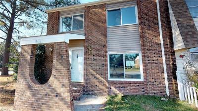 Virginia Beach VA Single Family Home For Sale: $164,900