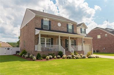 Suffolk Single Family Home For Sale: 413 Quaker Ridge Ct