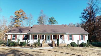 Gloucester Single Family Home For Sale: 6441 Fleming Rilee Ln