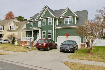 Chesapeake Single Family Home For Sale: 917 Watson's Glen Rd