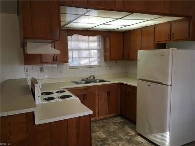 Chesapeake Single Family Home New Listing: 2616 Gilmerton Rd