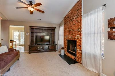 Portsmouth Single Family Home New Listing: 4405 Breezewood Ct