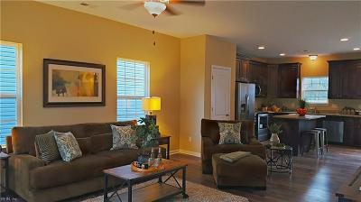 Portsmouth Single Family Home New Listing: 408 Summers Pl #B