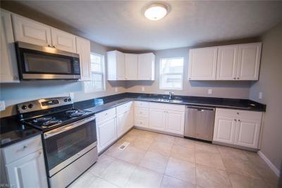 Suffolk Single Family Home New Listing: 1201 E Washington St