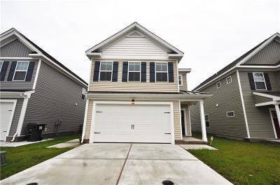 Chesapeake Single Family Home New Listing: Mm Poplar Ii @ Creeks Edge
