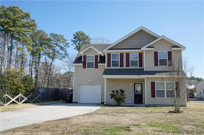 Chesapeake Single Family Home New Listing: 1029 Canal Dr