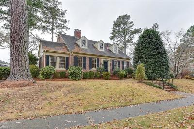 Suffolk Single Family Home New Listing: 628 W Riverview Dr