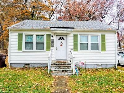 Chesapeake Single Family Home New Listing: 2807 Omar St