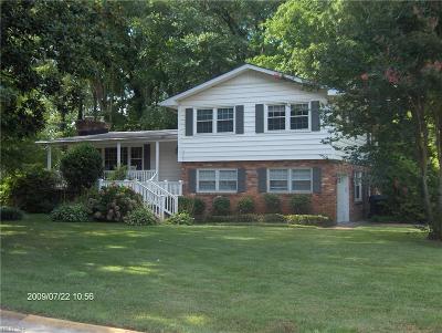 Virginia Beach VA Single Family Home New Listing: $325,000