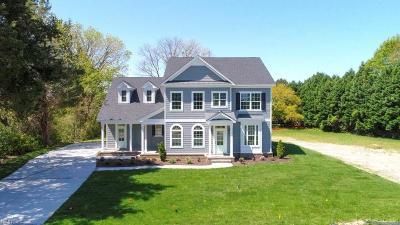 Virginia Beach Single Family Home For Sale: 1449 Godfrey Farm Rd
