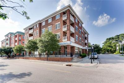Norfolk Single Family Home For Sale: 4520 Pretty Lake Ave #J3