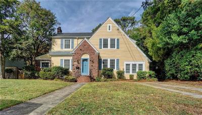 Norfolk Single Family Home For Sale: 1208 S Fairwater Dr