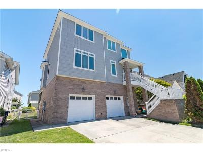Norfolk Single Family Home For Sale: 9620 Dolphin Rn