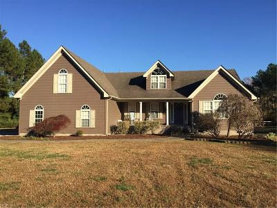 Suffolk Single Family Home For Sale: 4940 Gardner Ln