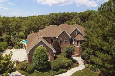 Chesapeake Single Family Home For Sale: 1316 Masters Ct
