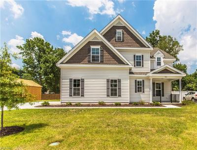 Suffolk Single Family Home For Sale: Mm Rosewood Anthony Pl