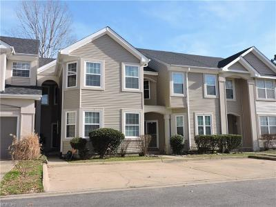 Single Family Home Sold: 3 Red Leaf Pl