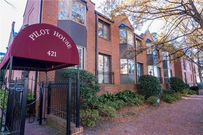 Norfolk Single Family Home For Sale: 421 W Bute St #203